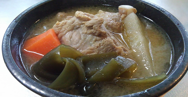 沖縄の旧正月レシピ、その1☆ソーキ汁と如意素麺